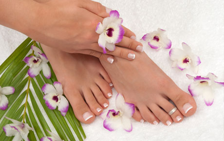 Nail services deals kenosha wi julie nails and spa for 4 estrellas salon kenosha wi